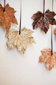 22 crafty tree ornaments leaves decorating and