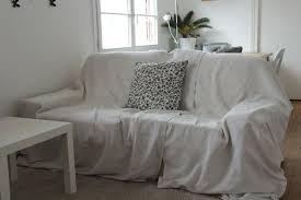 habiller un canapé l objet du relooking canapé kivik deux places d ikea