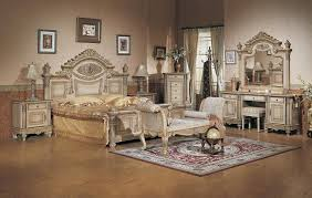 Antique Bedrooms Ideas  Awesome Antique Bedroom Decorating Ideas - Antique bedroom design