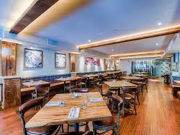 icebergs dining room and bar tom sietsema falls for le desales eater dc