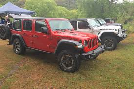 red jeep rubicon official 2018 jeep wrangler interior shots revealed automobile
