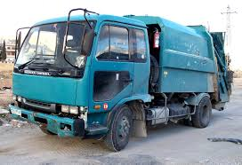 nissan blue truck file nissan diesel waste collection truck jpg wikimedia commons