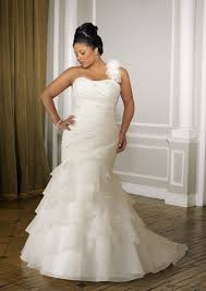 One Shoulder Wedding Dress Are One Shoulder Wedding Dresses No Longer In Fashion Why Or Why