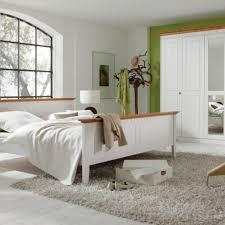 schlafzimmer naturholz gemütliche innenarchitektur naturholz schlafzimmer schlafzimmer