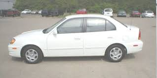 hyundai accent used price 2002 hyundai accent used car pricing financing and trade in value