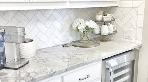 white kitchen backsplash ideas white backsplash tile photos ideas kitchen 22 verdesmoke