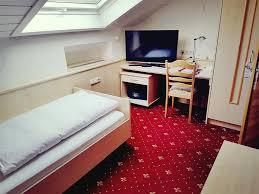 Wohnzimmer W Zburg Mittagsangebot Hotel Spechtshaardt Deutschland Rothenbuch Booking Com