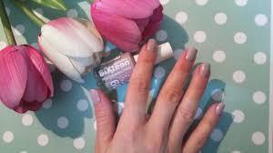 sixteen nail polish fast dry 547 pink daisy loves