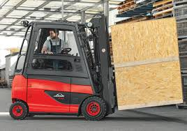 rotating driver u0027s work station and rotating cabins from linde