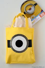 minion gift bags gift a family with a diy minion gift bag