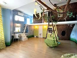chambre d enfant originale idee peinture rayrues vert deau pour une chambre bebe fille
