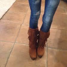 womens fringe boots size 9 58 minnetonka boots minnetonka fringe boots in brown size