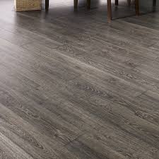 mannington restoration 6 19 x 50 5 x 12mm oak laminate flooring