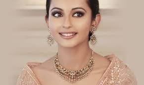 while you want to look absolutely gorgeous at every wedding you attend you don 39 t 1000 ideas about wedding guest makeup