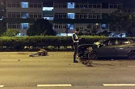 driver hurts after car crashes on pie handrail singapore news and