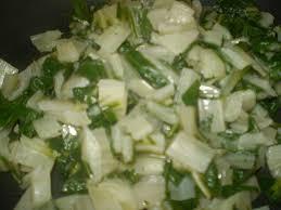 cuisiner les bettes cuisiner des bettes salade de blettes au cumin cuisine