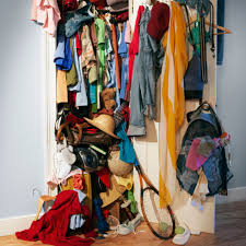 Trading Spaces Hildi Things In Your Home To Throw Out Things To Toss In Your Home