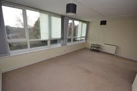 Livingroom Leeds Ingledew Court Leeds Ls17 2 Bed Flat Ls17 8tp 600 To Rent