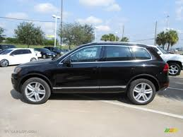 car picker black volkswagen touareg