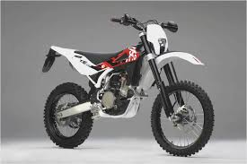 2009 husqvarna te 310 u2014 motorcyclist magazine motorcycles