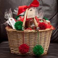 Holiday Gift Baskets 3 Diy Holiday Gift Baskets For Everyone You Love College Fashion