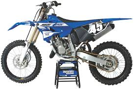 2016 yamaha yz125 two stroke race test everything you need to know