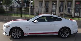 stripes on mustang with stripes or without stripes page 3 mustangforums com