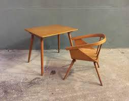 bureau enfant vintage ensemble bureau et chaise enfant baumann