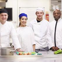 salaire d un commis de cuisine quel est le rôle du commis de cuisine dans une brigade ge rh expert