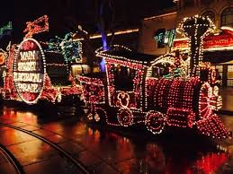 Main Street Lighting Main Street Electrical Parade Returns To Disneyland After 21 Years