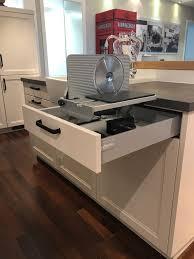 schneidemaschine küche schneidemaschine für die küche die in einem schubkasten verstaut