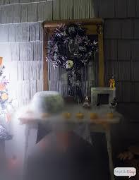 Fun Outdoor Halloween Decorations by Outdoor Halloween Decorations Spooky Porch Atta Says