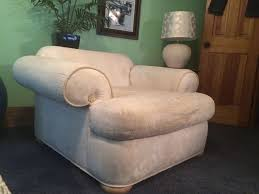 How To Upholster A Sofa by The Best Way To Reupholster A Chair Wikihow