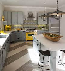 cuisine jaune et grise la cuisine grise plutôt oui ou plutôt non