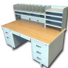 60 desk with hutch mcdowell craig vintage 72 telemarketing tanker desk