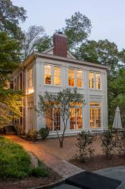 Front Porches On Colonial Homes by Best 25 Colonial Exterior Ideas On Pinterest Colonial Style
