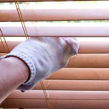 no dust here how to effortlessly clean blinds clean blinds