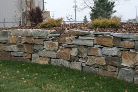 chief cliff drystack garden wall from montana rockworks design