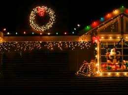 icicle christmas lights types of christmas lights lovetoknow
