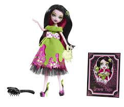 after high dolls names high snow bite draculaura toys