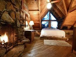 cabin bedrooms cozy cabin bedroom picmia