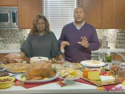 turning your thanksgiving meal into a home celebration
