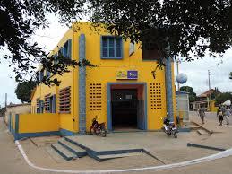 bureau de poste file bureau de poste ouidah benin 2015 jpg wikimedia commons