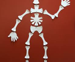Halloween Skeleton Craft by Paper Plate Skeleton 4 Steps With Pictures