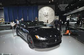 maserati black 4 door maserati embraces dark side with special edition ghibli u0027nerissimo u0027