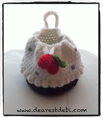 cupcake purse ravelry cupcake purse with cherries on top pattern by debi dearest