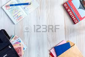 bureau pour passeport bureau d âge mûr fond de voyager voyage articles touristiques