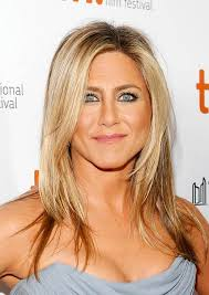 hair styles for 44 year ol ladies jennifer aniston hair secrets the actress insists her hairstyle