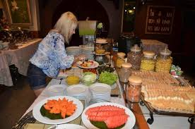 hote de cuisine breakfast buffet ร ปถ ายของ โรงแรม เดอ ม อค กร งเทพมหานคร กทม
