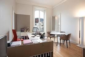 peinture pour bureau bureau de peintre armoire bureau lepolyglotte